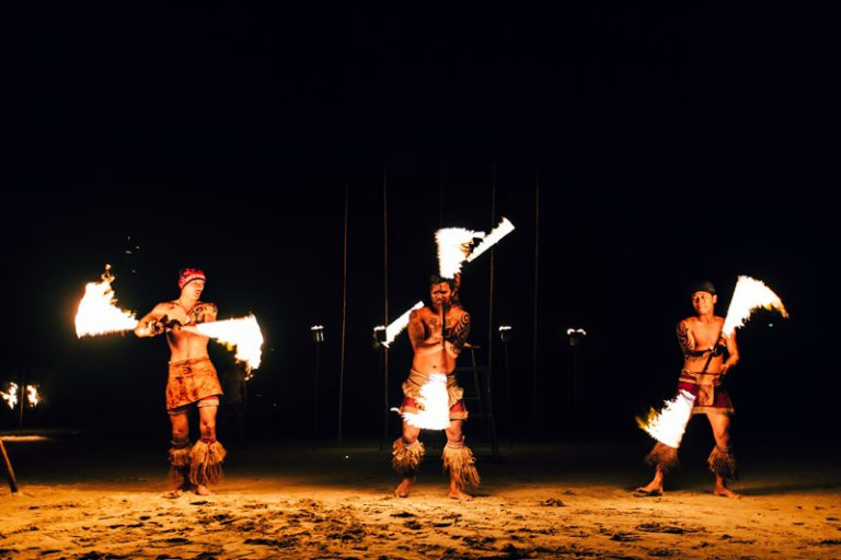 Koh Chang Paradise Resort & Spa : Fire Show